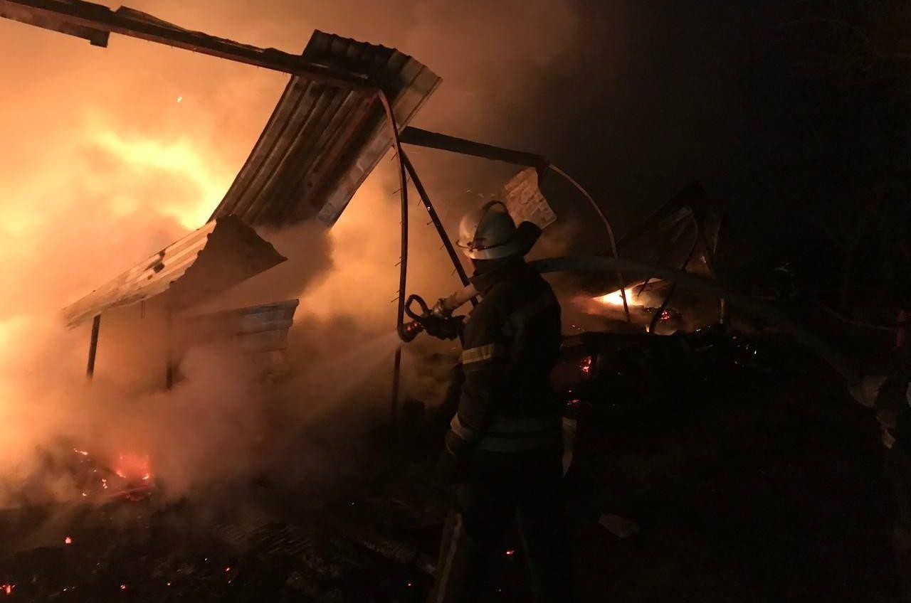 В Одесской области сгорели 7 домиков базы отдыха (фото) «фото»