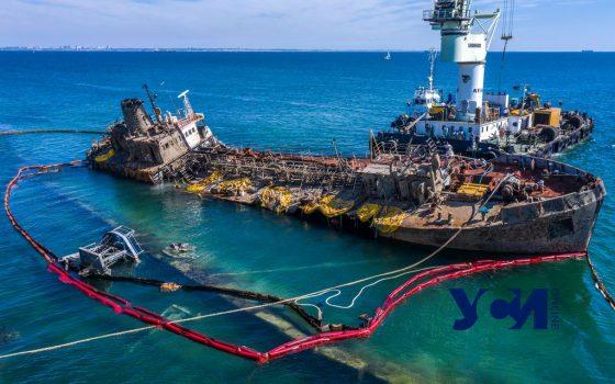Кабмин подал в суд на собственника танкера Delfi «фото»