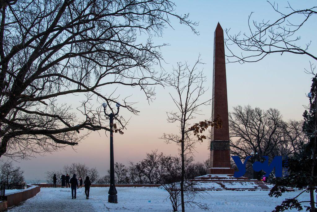 Парк Шевченко в белом одеянии: Одесса простится со снегом (фото) «фото»