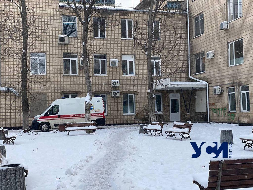 Медики рассказали о состоянии пострадавших на пожаре в гостинице (фото, видео) «фото»