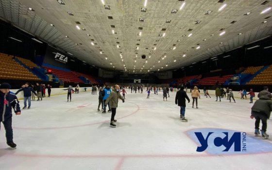 Опасный лед: обзор катка во Дворце cпорта (фото) «фото»
