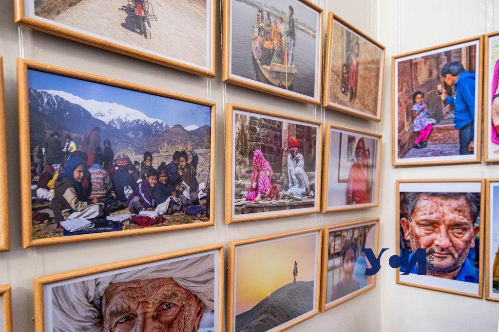 «Краски Индии»: в Одессе открыли фотовыставку о дружественной стране (фото) «фото»
