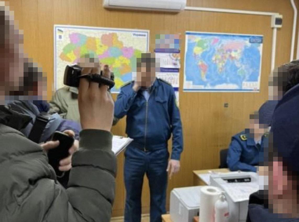 СБУ лишила одесских таможенников «подработки» (фото) «фото»