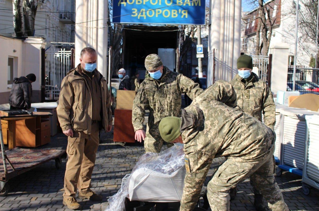 Одесскому госпиталю прислали кровати из Франции (фото) «фото»