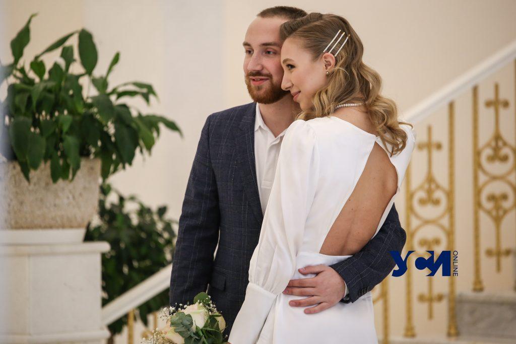 В День влюбленных в Одесской области поженились 27 пар (фото) «фото»