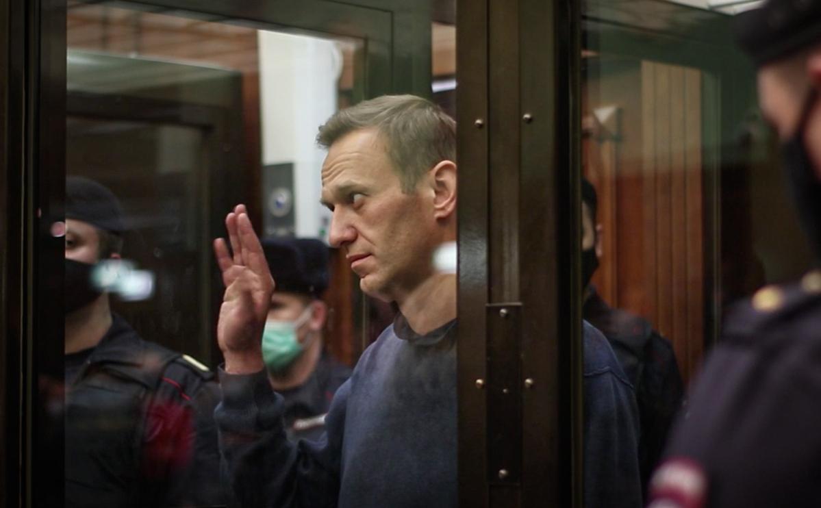 Московский суд отправил Навального в колонию почти на 3 года «фото»