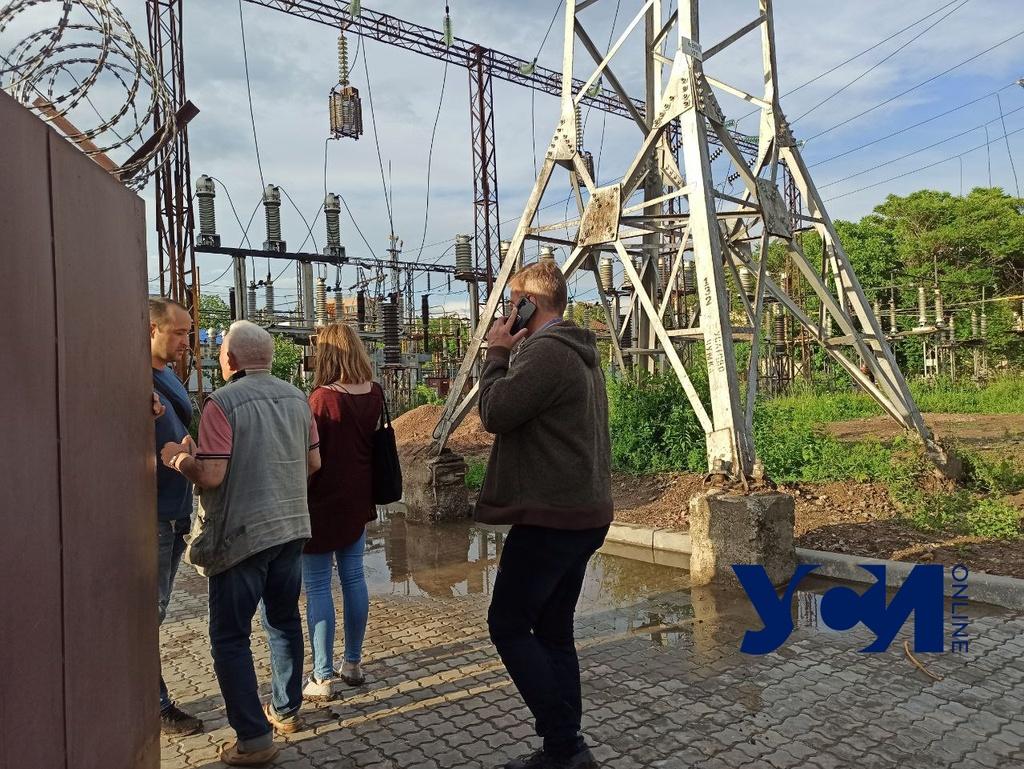 На Чумке взорвалась электроподстанция: некоторые районы Одессы остались без света и воды (фото, видео) ОБНОВЛЕНО «фото»