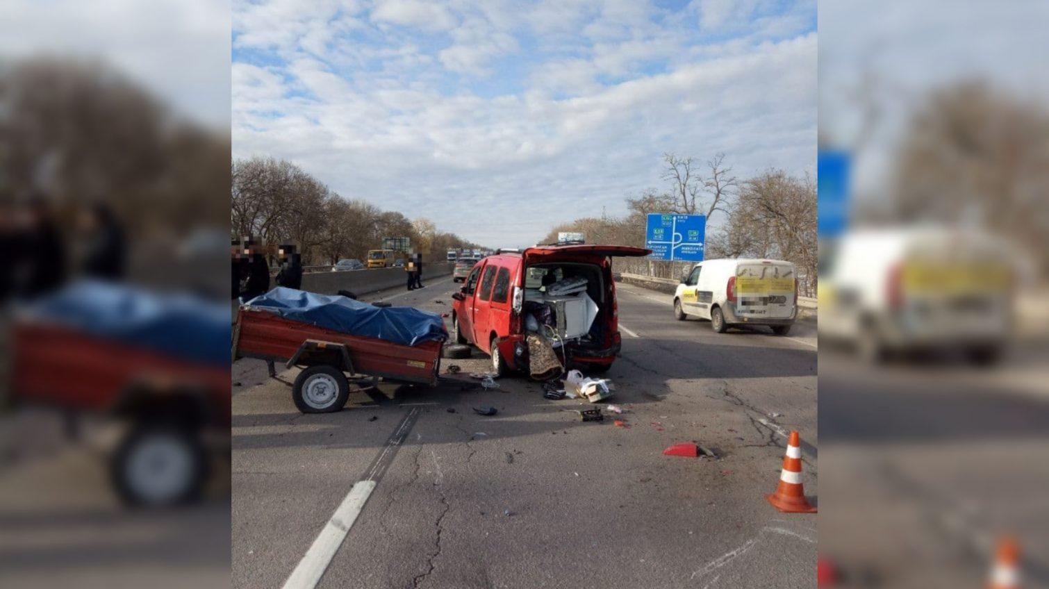 ДТП на трассе Одесса-Киев: есть пострадавший (фото) «фото»