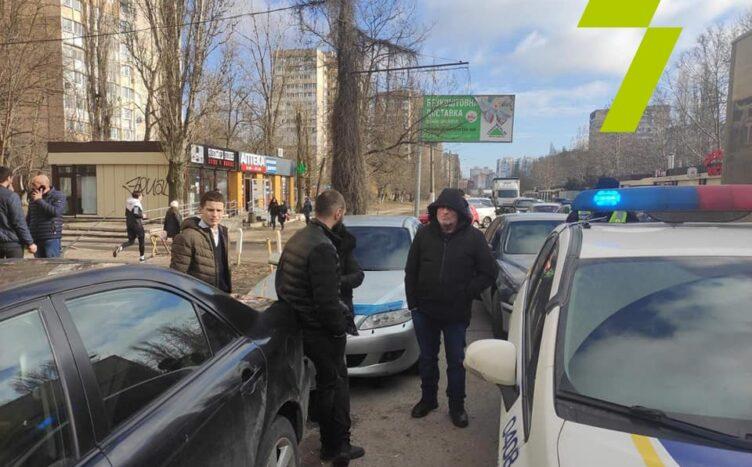 На рынке «Северный» напали на журналистов (фото) «фото»