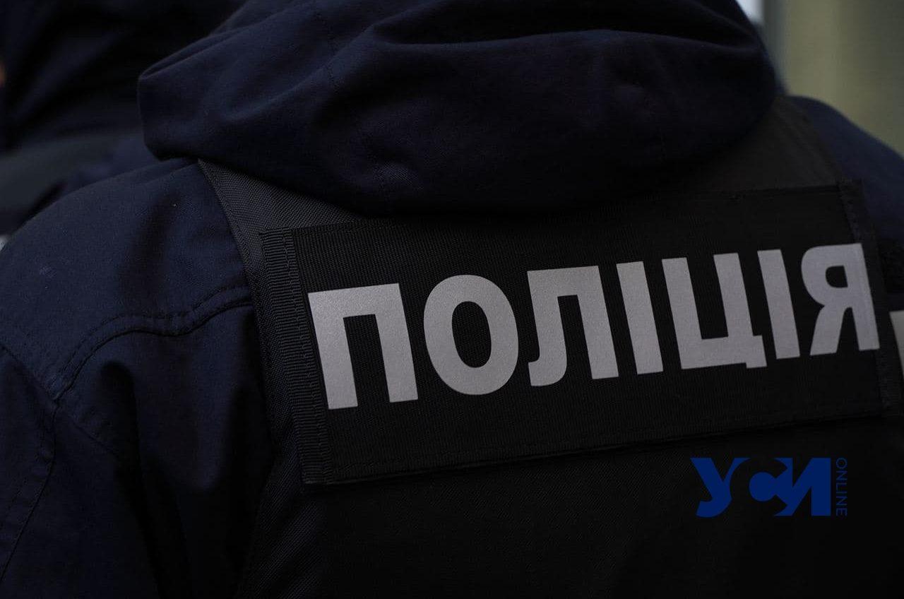 Грабитель украл мобильный телефон у 8-летнего мальчика в Суворовском районе «фото»