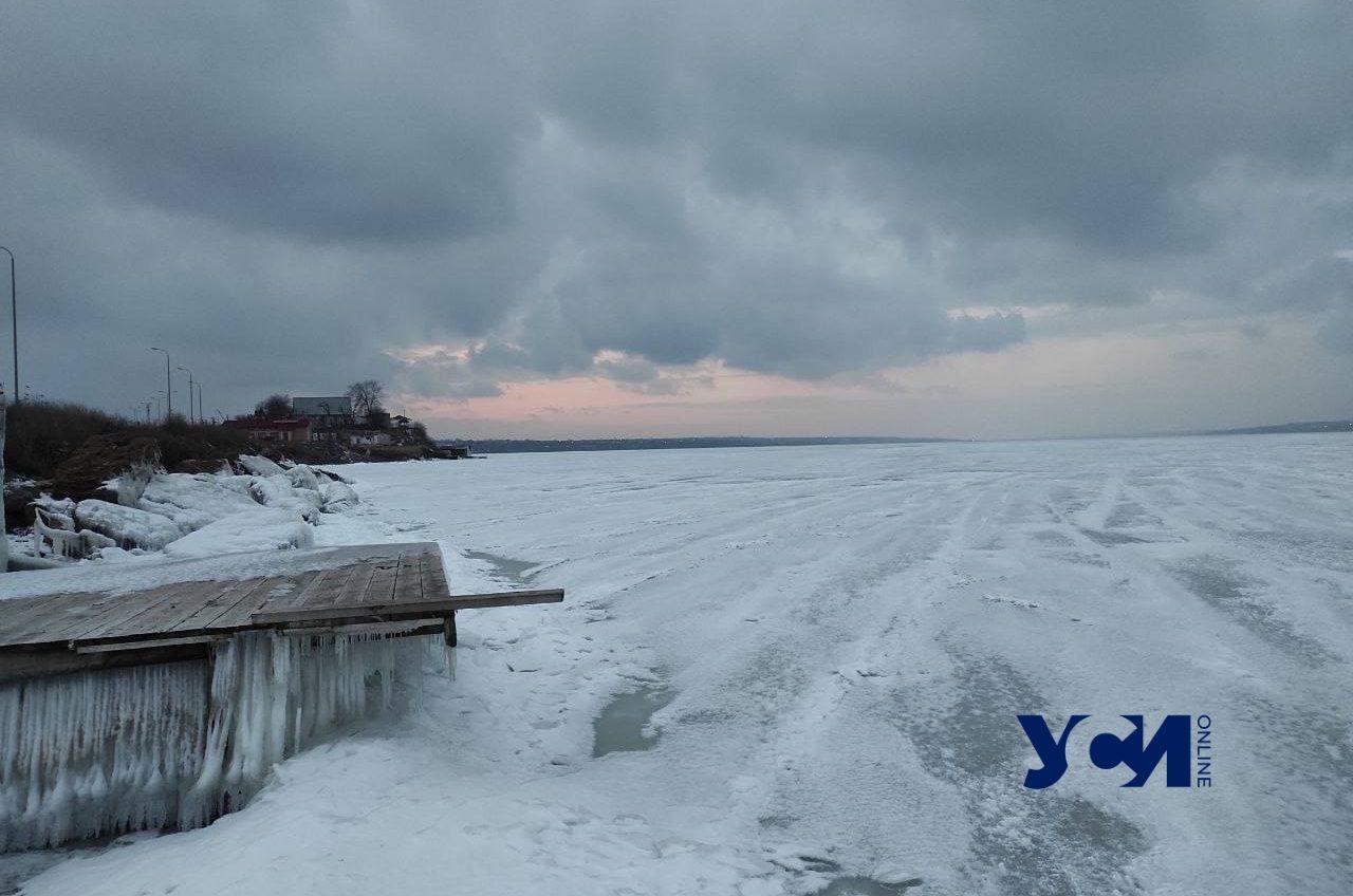 Ледниковый период: Хаджибейский лиман замерз в конце зимы (фото) «фото»