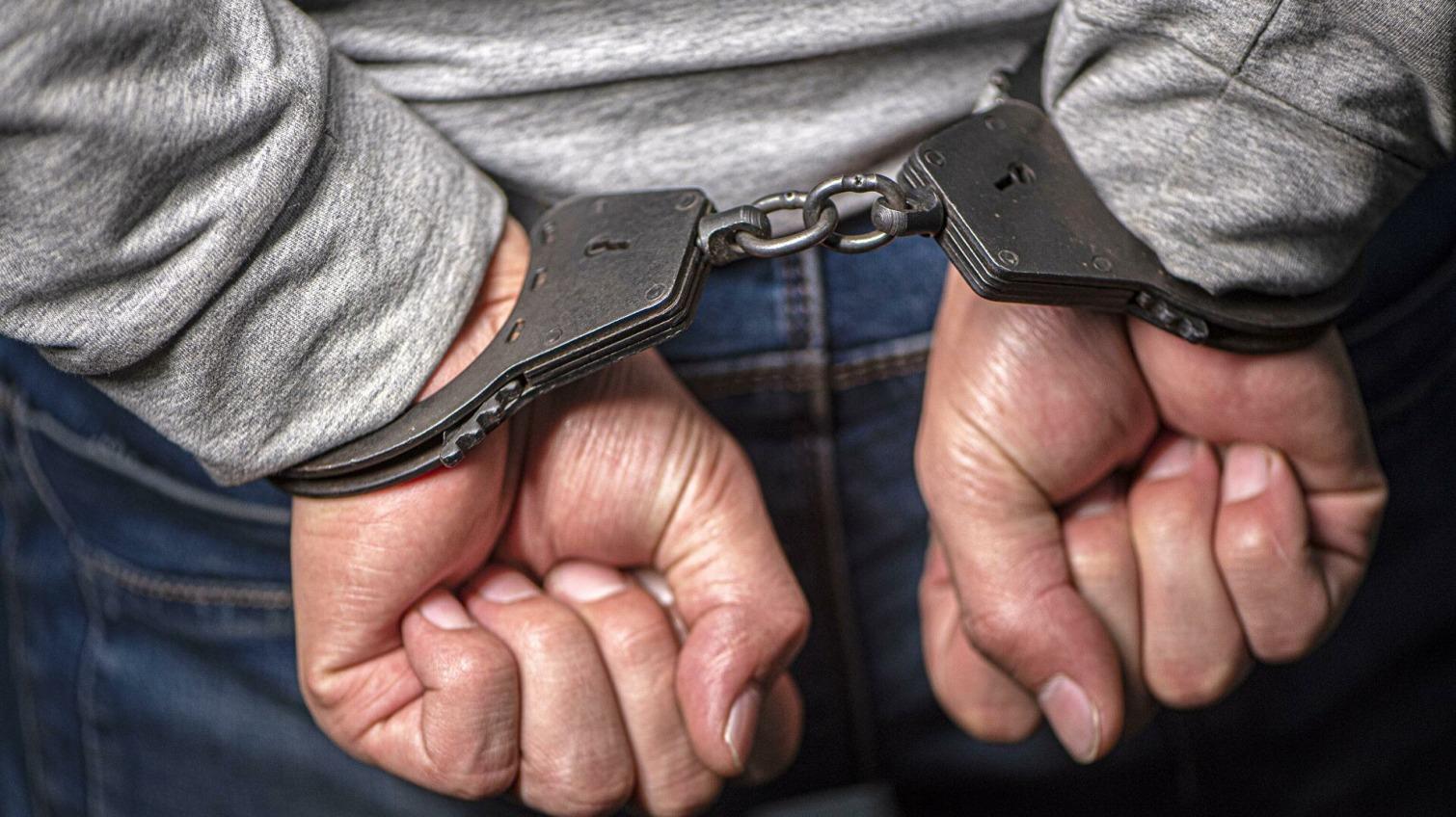 Угрожал и избивал: серийному грабителю девушек из Одесской области дали 10 лет тюрьмы «фото»