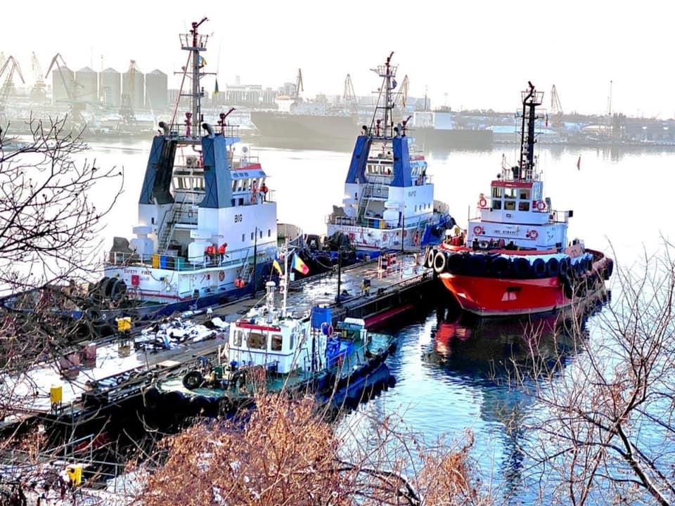 Возле Черноморска частная компания построила причал «фото»