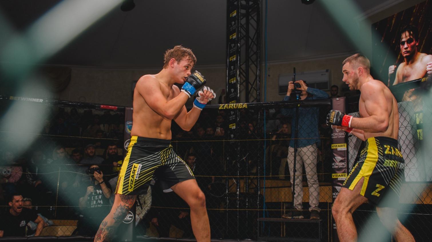 В Одессе прошли бои MMA: зрелищно, ярко, кроваво (фото) «фото»