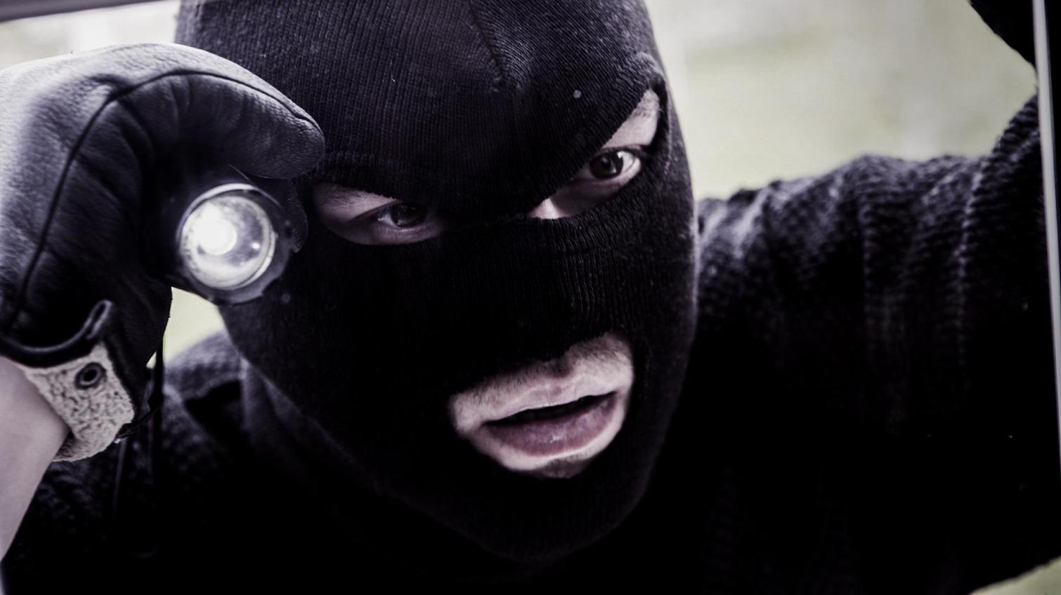 В Одессе будут судить грабителей, которые нападали на частные дома «фото»