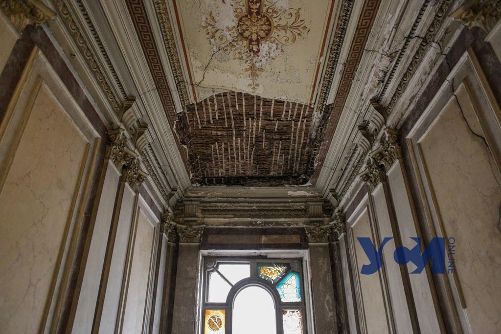 В центре Одессы разрушается дом Гершенкопа – памятник архитектуры (фото) «фото»