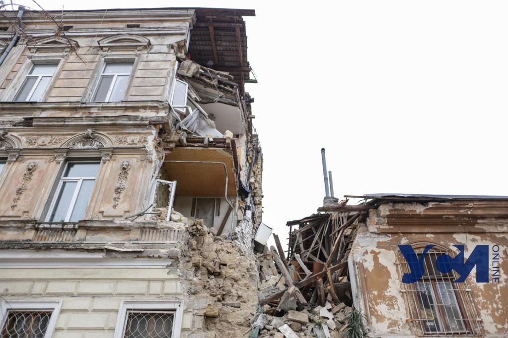 В горсовете назвали возможную причину обрушения дома на Нежинской «фото»
