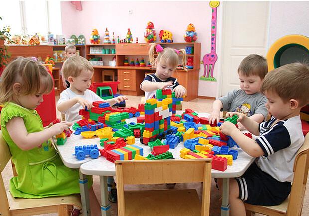 Почти 10 тысяч детей в Одесской области ждут места в детский сад (фото) «фото»