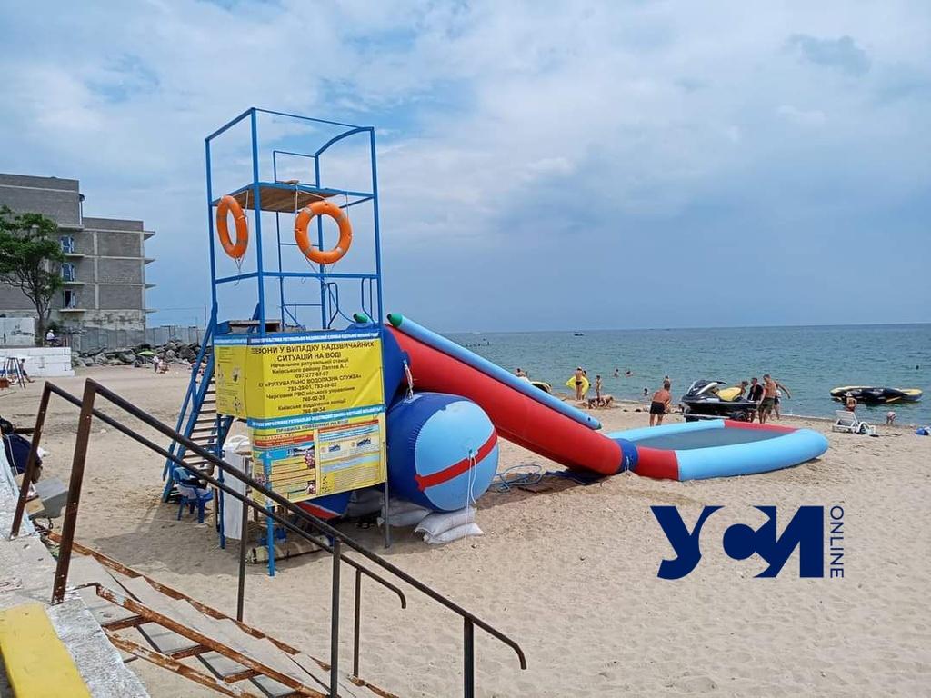 На пляжах Одессы сократят количество прокатных пунктов со спасательными постами «фото»