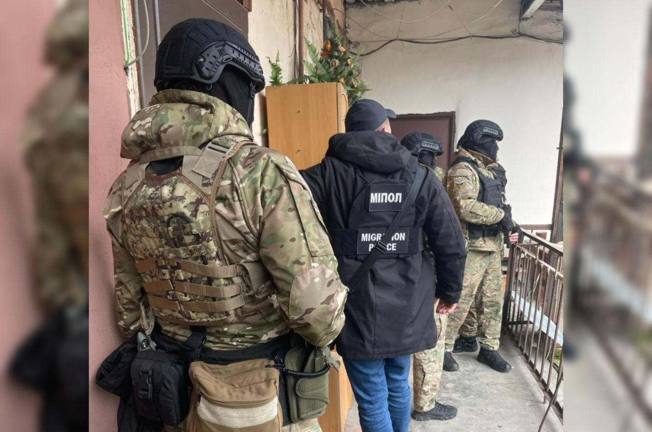 В Одессе со штурмом задержали криминального «авторитета» (фото, видео) «фото»