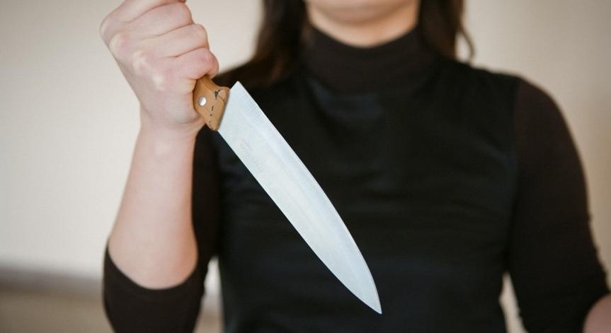 Одесситка убила ножом в спину пожилую мать «фото»