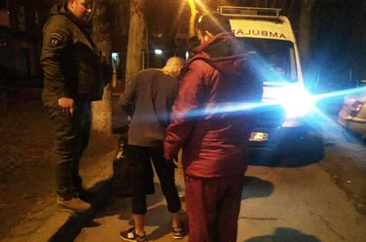 В Черноморске задержали мужчину под веществами без одежды (фото) «фото»