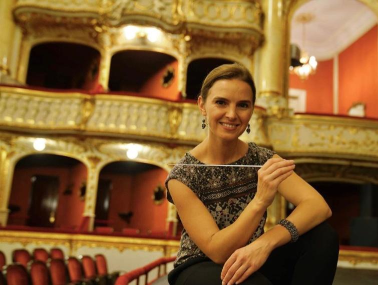 Экс-дирижер Одесской оперы получила престижную премию «фото»