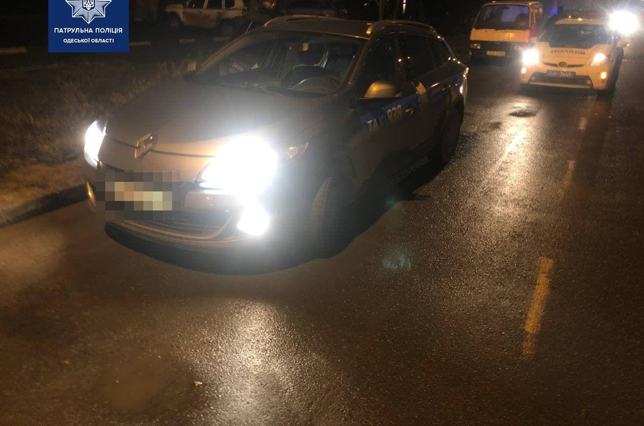 Ночной угон автомобиля и погоня на Таирова (фото) «фото»