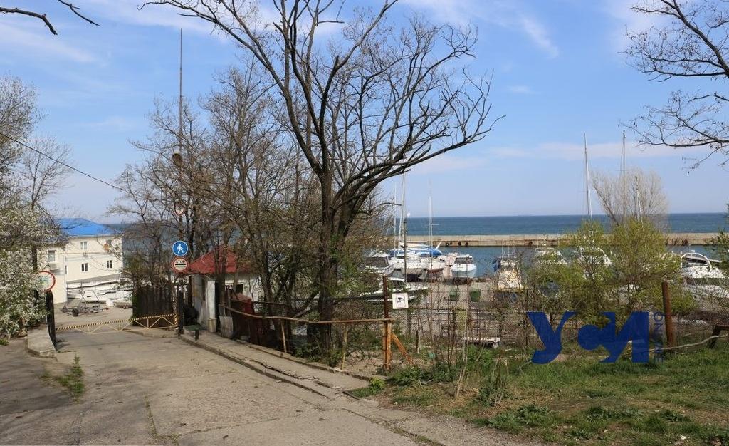 Готовятся сдать в аренду: Фонду госимущества передали причалы Черноморского яхт-клуба «фото»