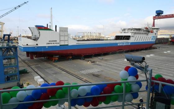 Спроектировали в Одессе: в Азербайджане спустили на воду паром «фото»