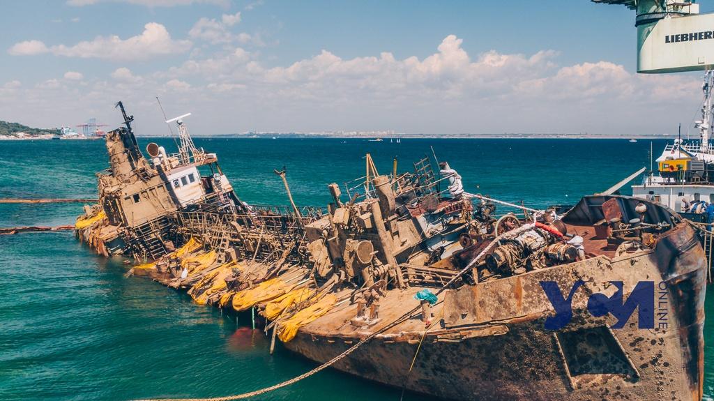 Суд по Delfi: владелец танкера обязан выплатить АМПУ 2,7 миллиона «фото»