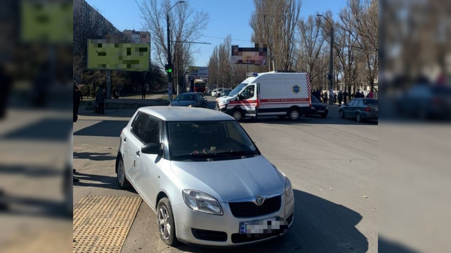 Не пропустил: на поселке Котовского ДТП со скорой (фото) «фото»