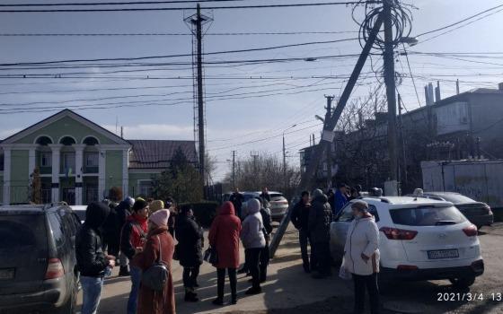 Жители Фонтанки бунтуют против новой схемы вывоза мусора (фото, видео) «фото»