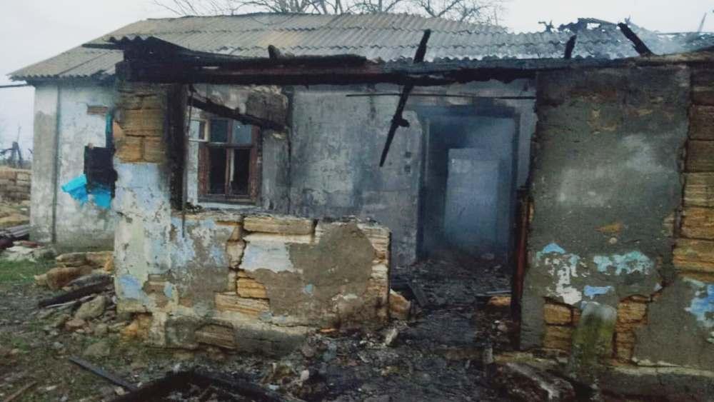 В Одесской области дотла сгорел частный дом – погибли два человека «фото»
