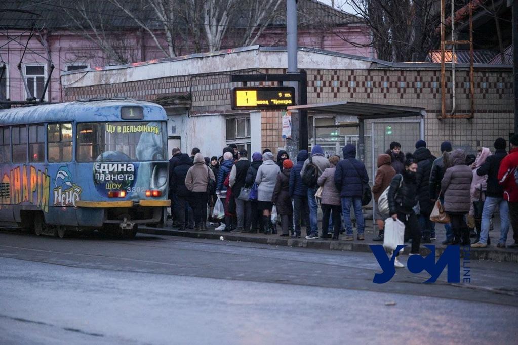 В Одессе более 100 остановок передали КП «Городские дороги» «фото»