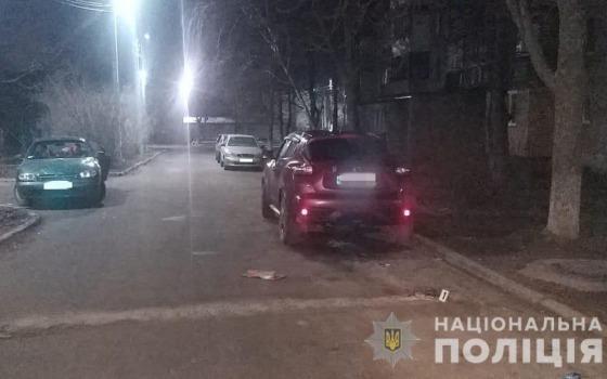 «Пылающая месть»: в Черноморске женщина хотела поджечь машину бывшему (фото) «фото»