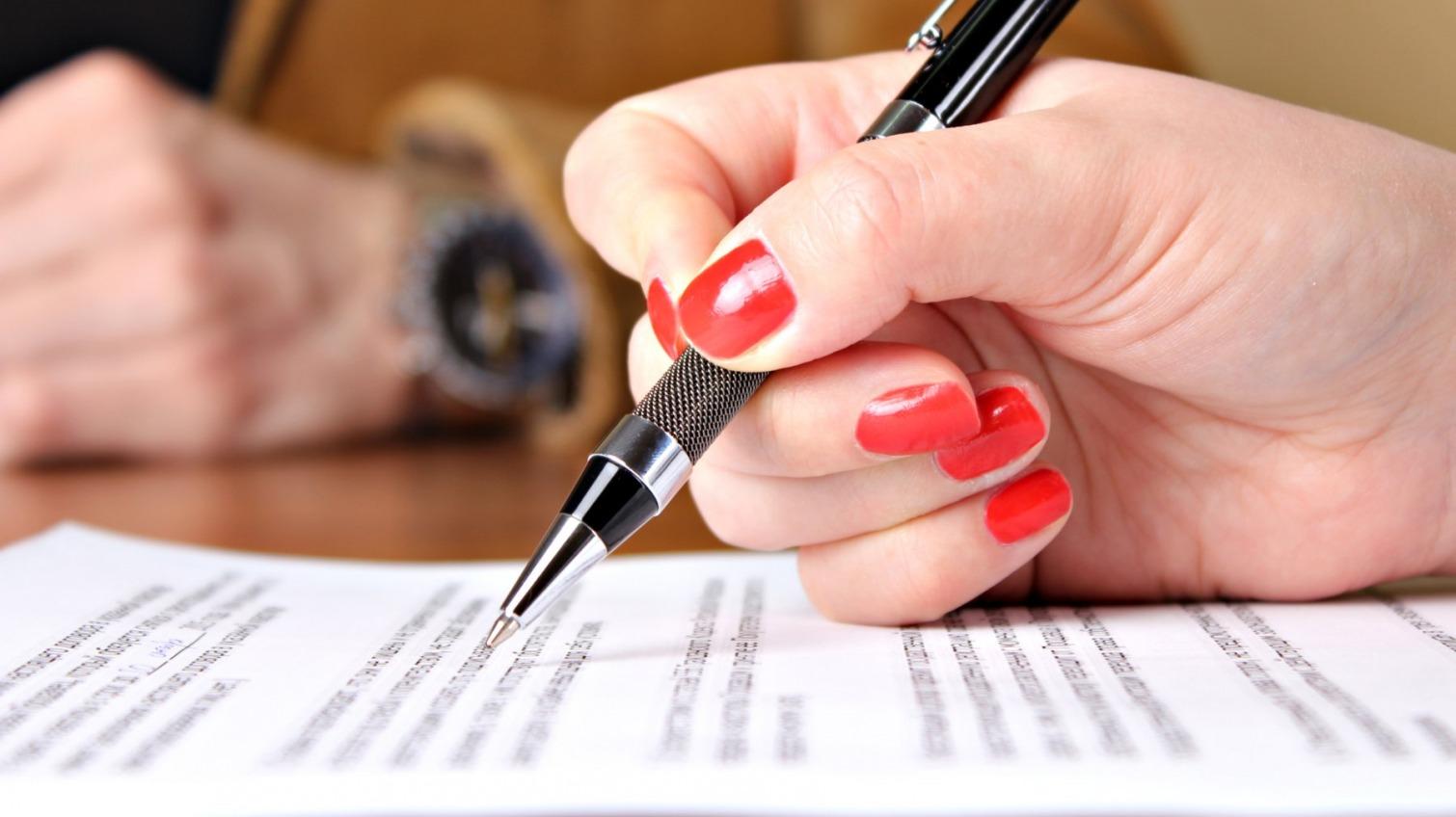 Переписала имущество : в Одессе будут судить регистратора — УСИ Online