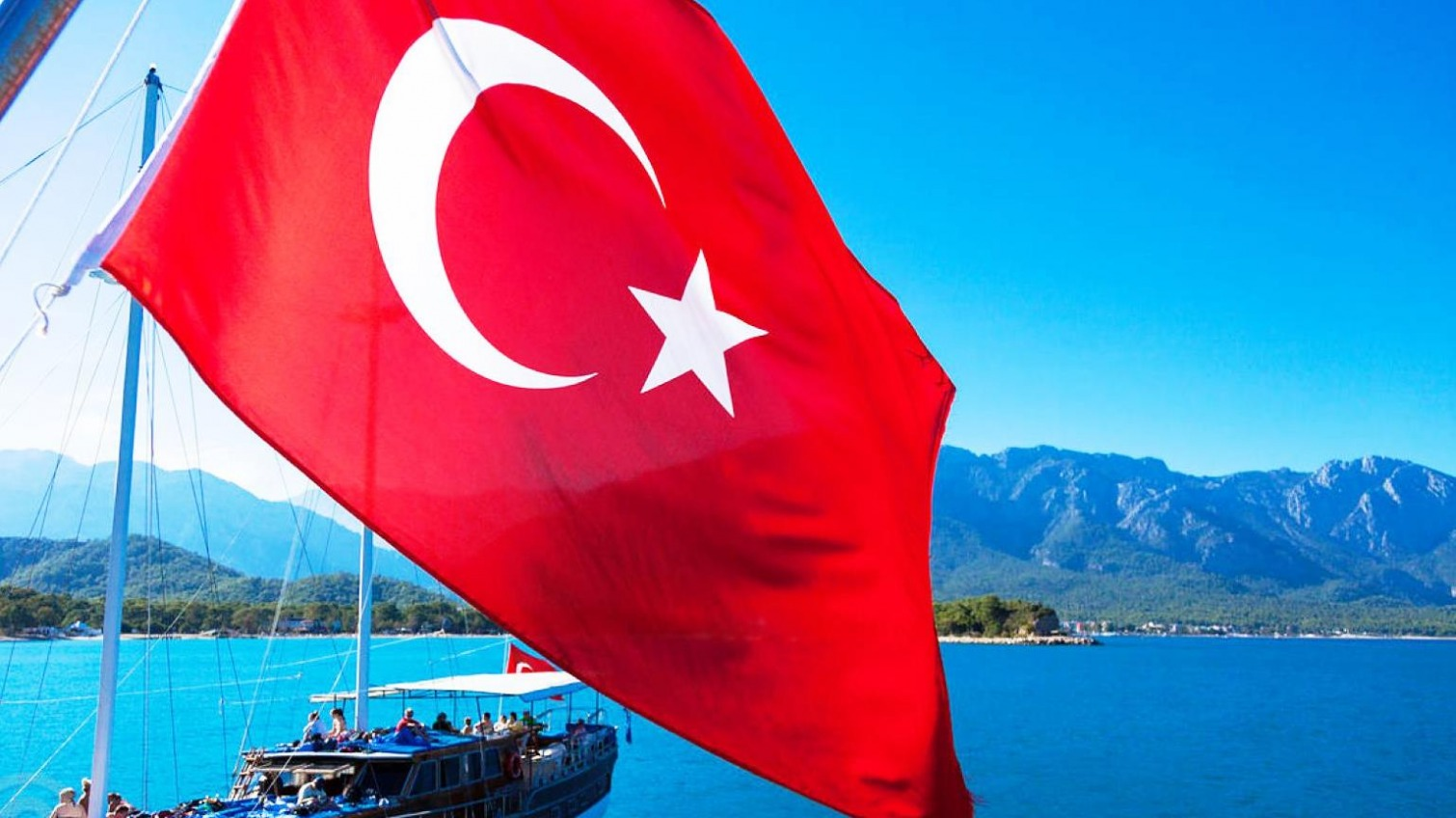 Электронные анкеты: Турция ввела новые правила для туристов «фото»