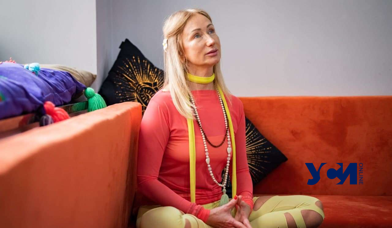 Любить каждый день: одесситка в 53 выглядит на 25 и преподает йогу (фото, видео) «фото»