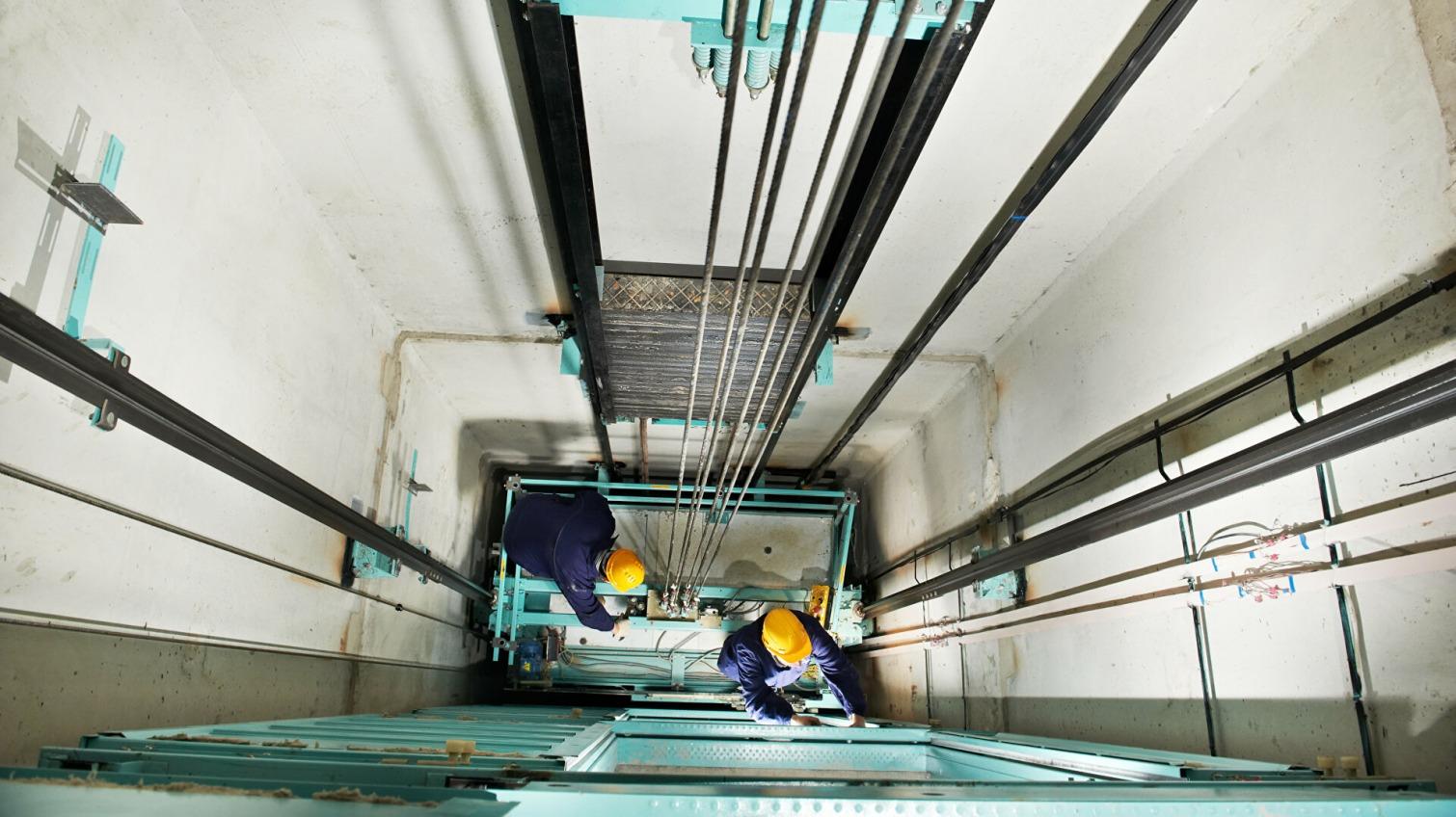 Медики рассказали о состоянии одесситов, пострадавших при обрыве лифта (фото, аудио) «фото»
