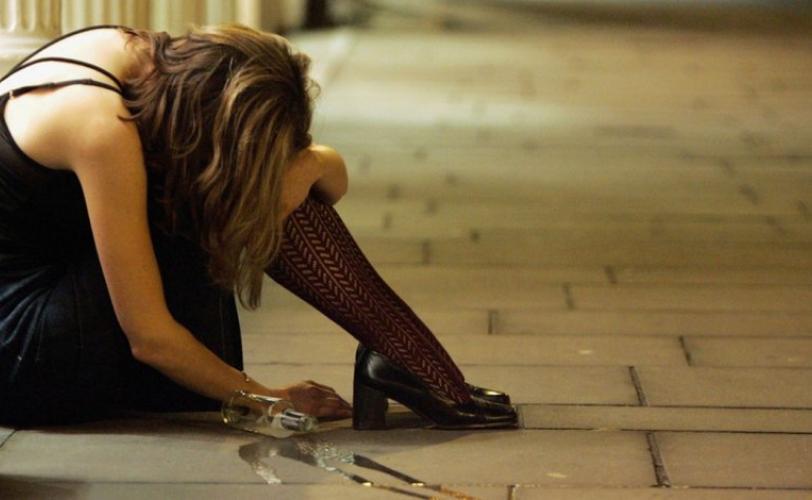 В Беляевке женщина «захватила» авто и прятала  iPhone в джинсах «фото»