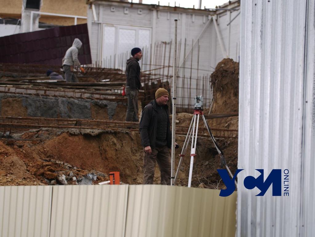 Все законно: у кафе «Крым» в Аркадии продолжаются работы (фото) «фото»