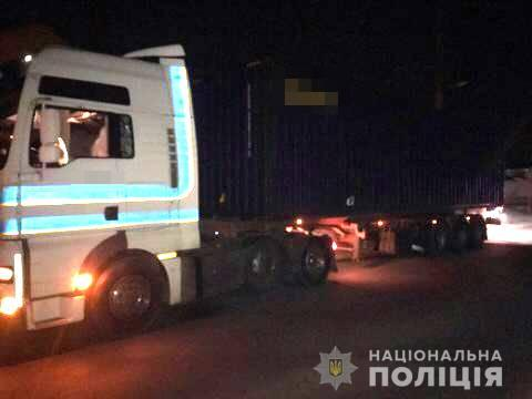Ночью в Одессе тягач сбил пешехода (фото) «фото»