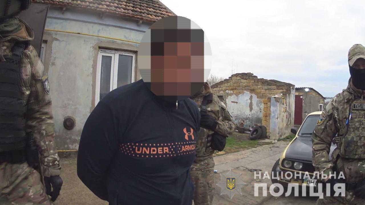Педофила из Одесского района, насиловавшего свою приемную дочь, отправили в СИЗО (видео, аудио) «фото»