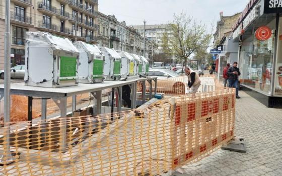 В Одессе устанавливают новые подземные системы для сбора мусора (адреса) «фото»