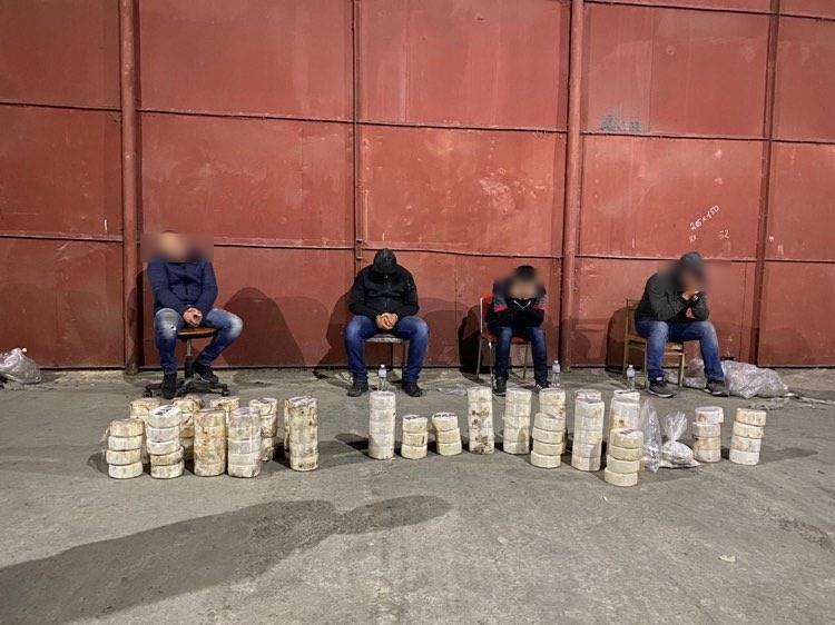 Четырех граждан Израиля будут судить в Одессе за контрабанду 80 кг кокаина (фото) «фото»