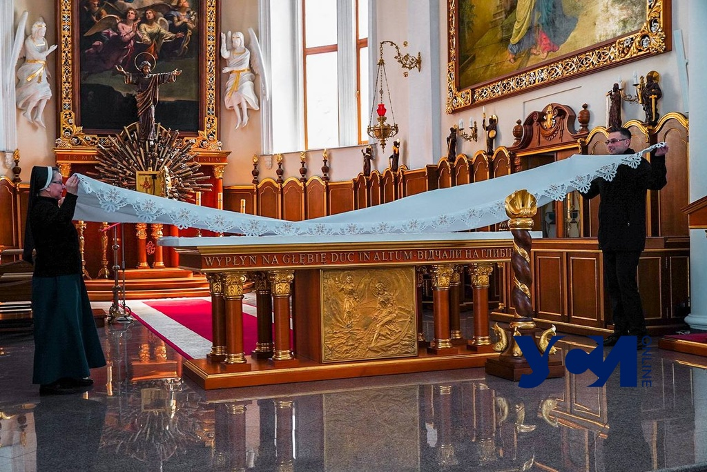 Одесские католики готовятся к Пасхальной службе (фото) «фото»