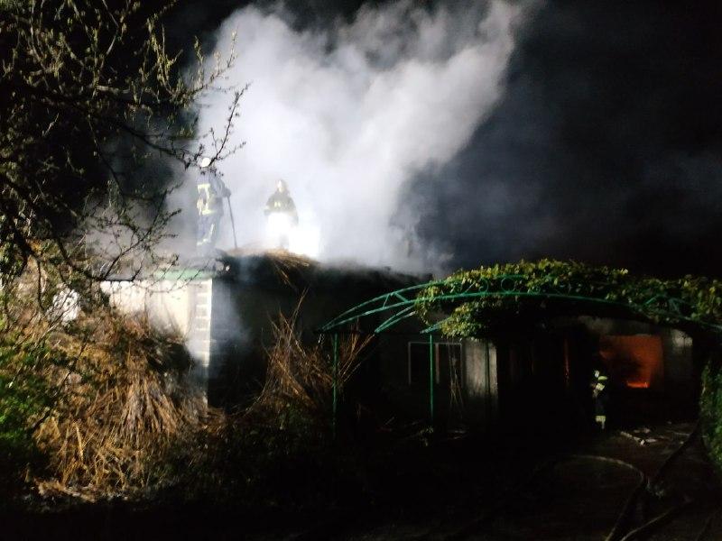В Одесской области выгорела крыша жилого дома (фото) «фото»