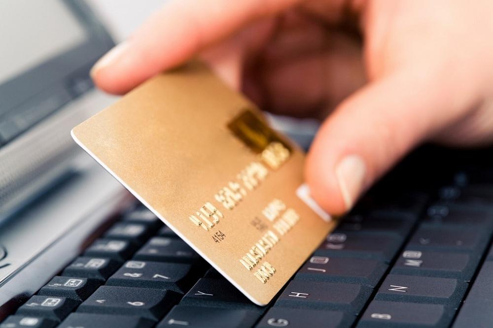 Работница почты в Аккермане присвоила себе 100 тысяч «фото»