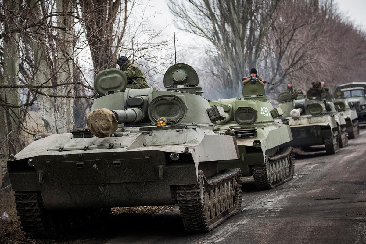 Завтра российские войска начнут отводить от украинских границ (аудио) «фото»